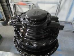 Démontage Expertise Réparation Remontage Essais sur banc d'un moteur hydraulique Hagglunds CA140